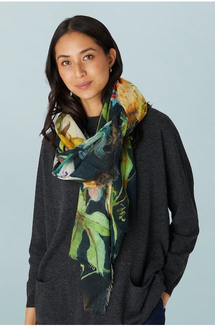 Photo of Blossoming Scarf