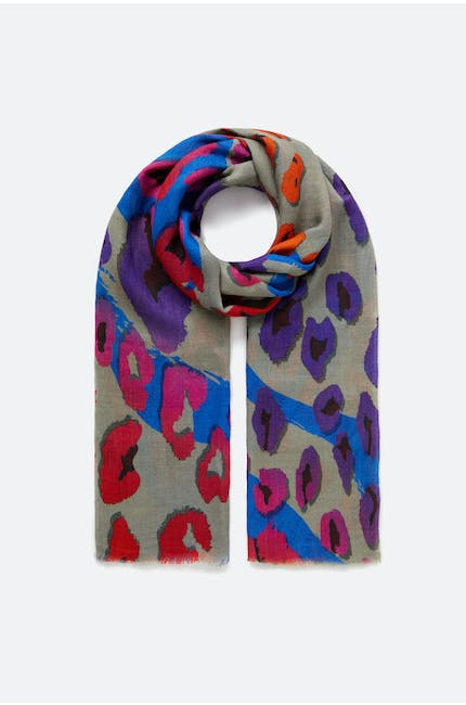 Photo of Poppy Scarf