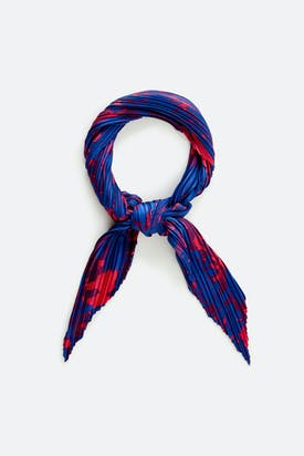 Photo of Pleated Scarf