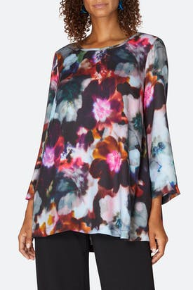 Photo of Anemone Blossom Print Top
