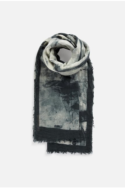 Photo of Shadow Scarf