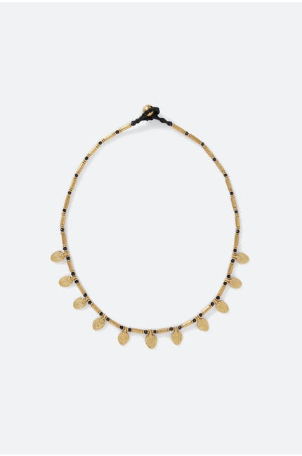 Short Leaf Detail Necklace