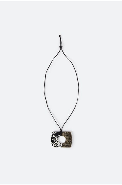 Two Tone Pendant Necklace