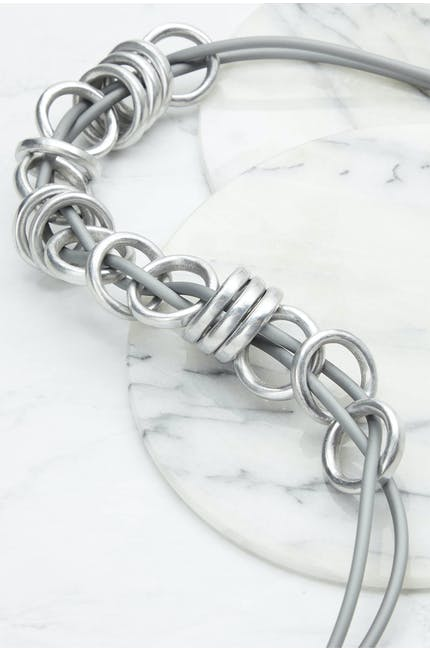 Metal Rings Necklace