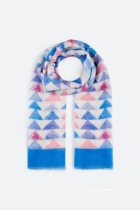 Photo of Infinite Pyramid Scarf